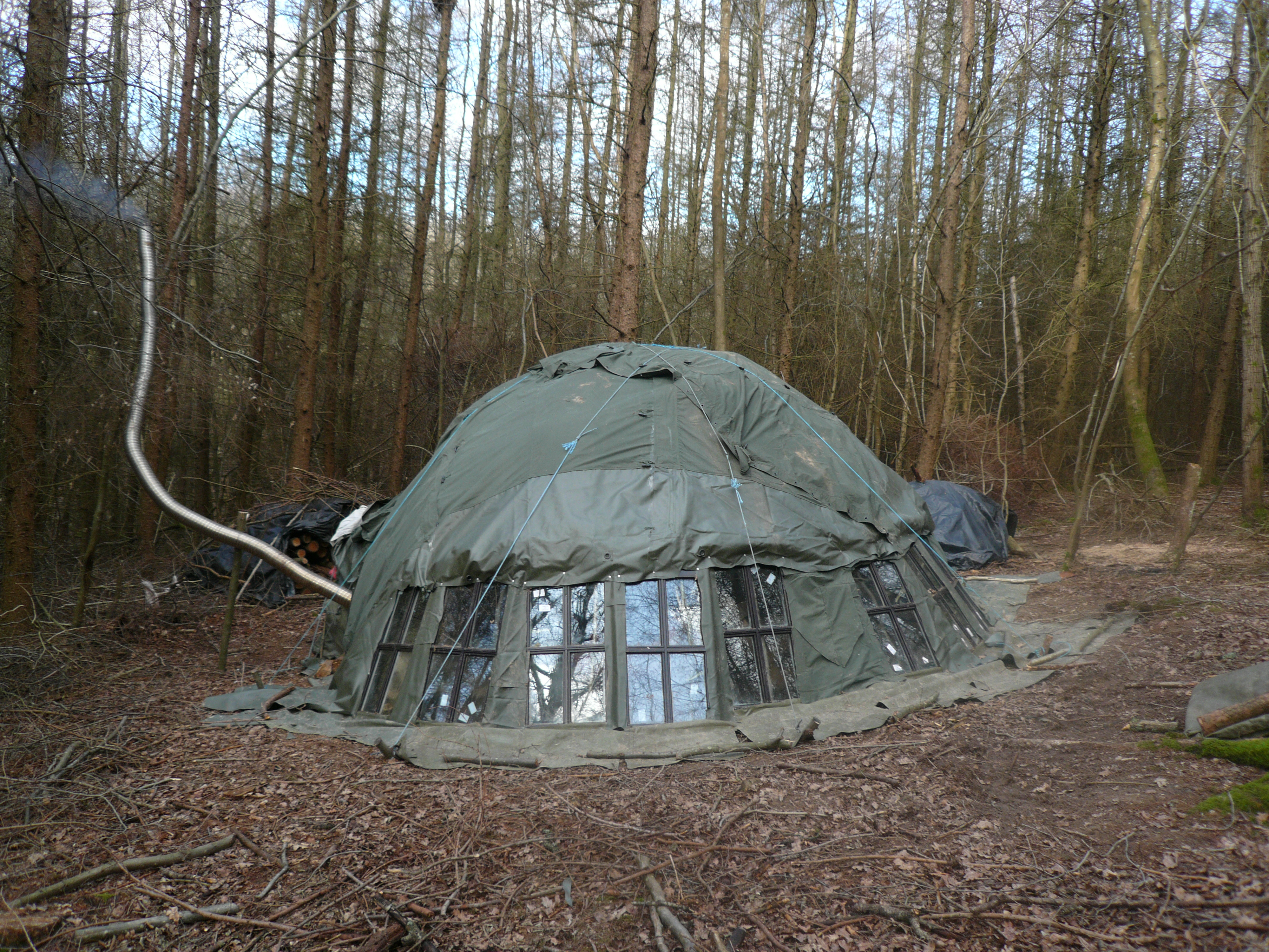 photos of bender tent construction - greenearth - people